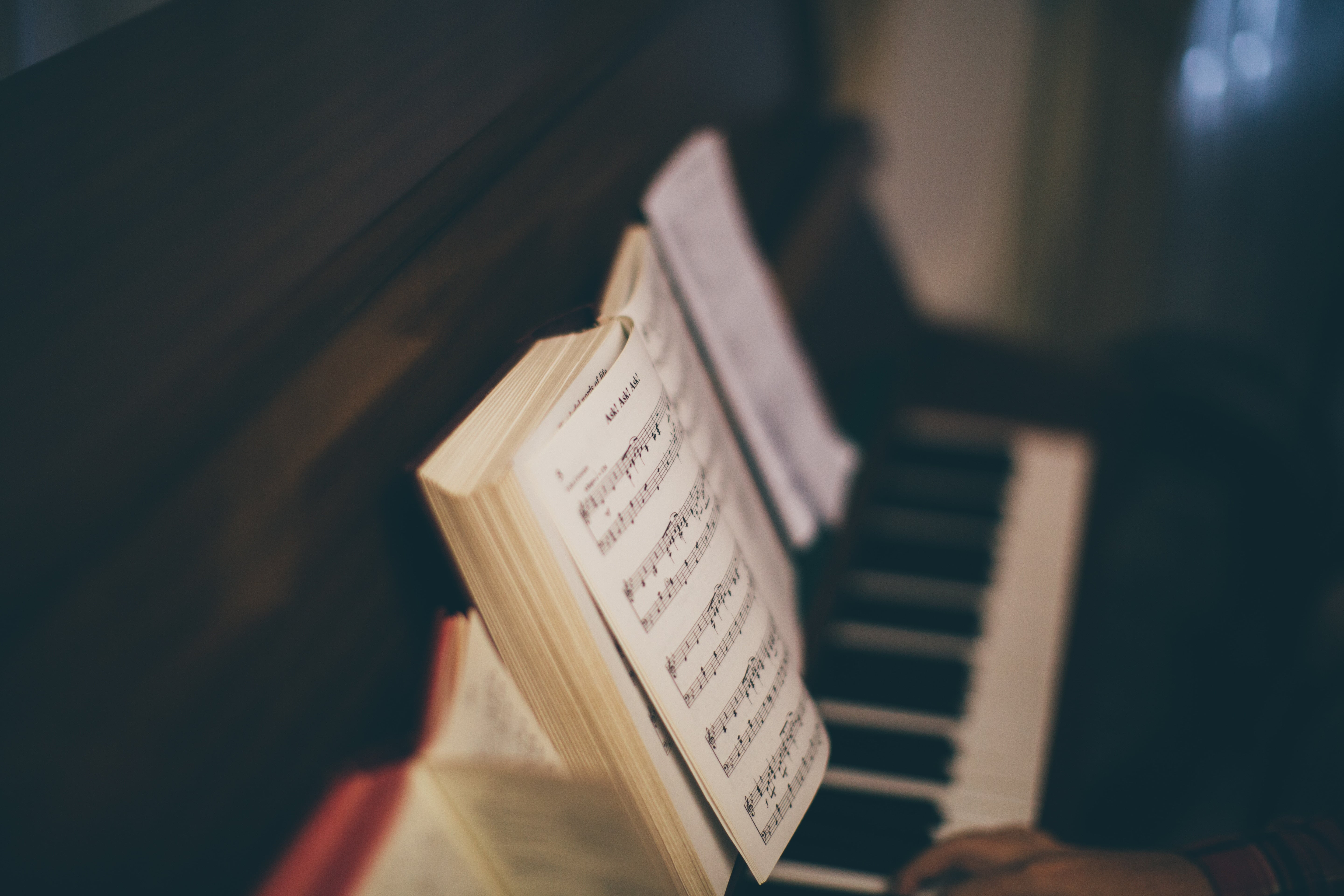Why We Do Not Use Musical Instruments in Worship